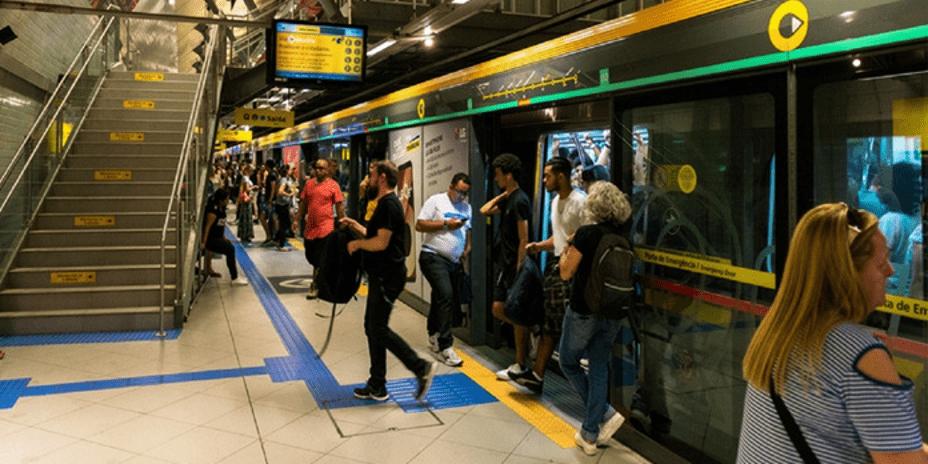 Brezilya'da Yüz Tanıma Sistemiyle Tepki Ölçen Reklam Panoları Uygulaması
